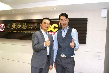 理周刊發行人洪寶山(左)、杜云安(右)