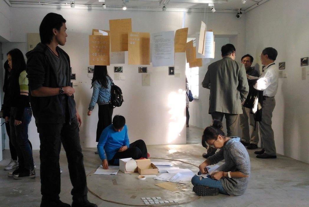 台北市去年首創的台北影視音實驗高中,主要讓高中生學習影視幕後工作的技能,學生也需...