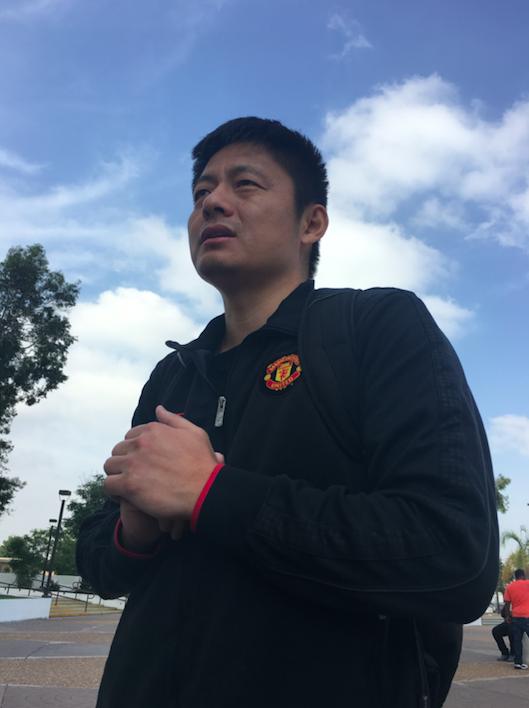 樂視網前董事長賈躍亭針對在網上爆料他的自媒體人顧穎瓊(右)申請限制令被法院拒絕。...