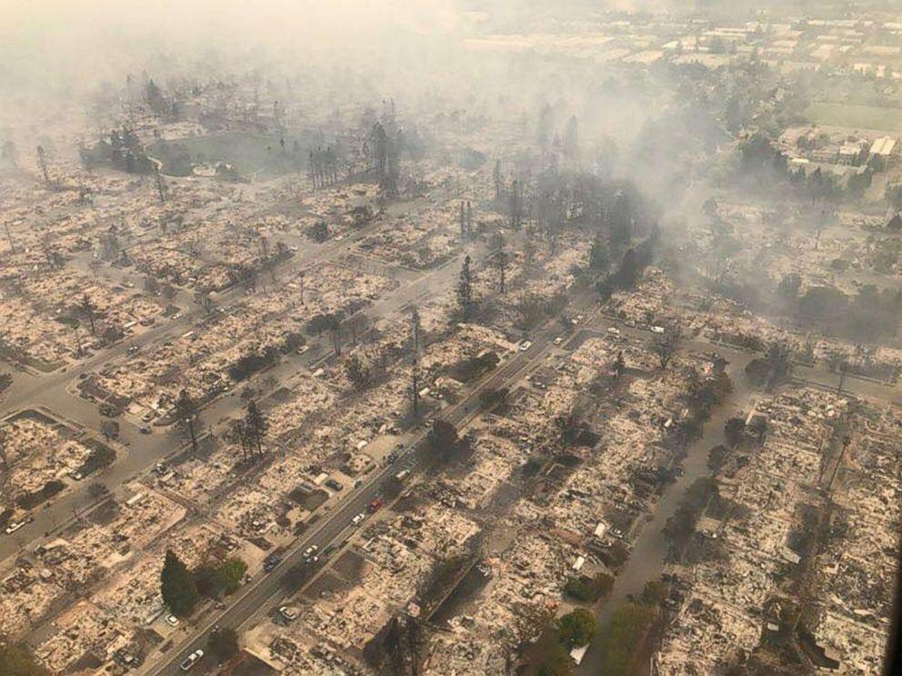 聖他羅莎市(Santa Rosa)是這次北灣大火的重災區,超過2000棟房子被焚...