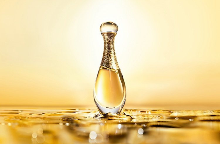 J'adore L'or頂級金緻香精是集工藝之大成的香水,香氣馥郁又充滿層次,全...