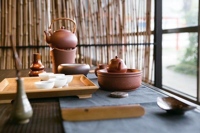 一杯茶,就是一個世界,就能泡出一整天的悠哉。 【圖・秋山堂】