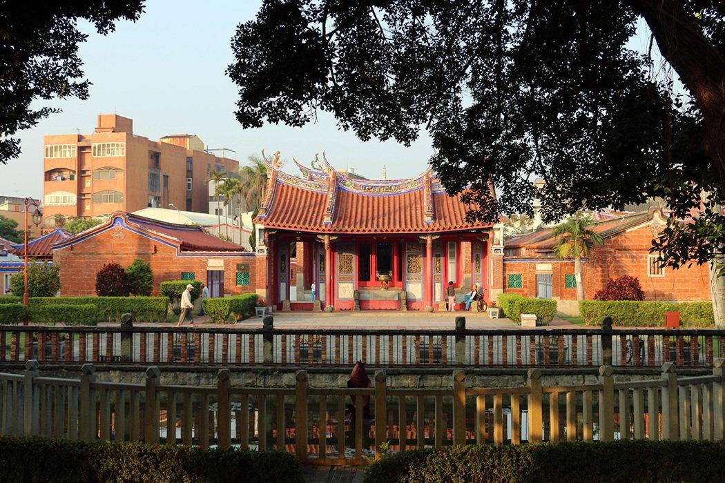 文武廟涵蓋武廟、文昌祠、文開書院,歷史悠久,環境清幽。