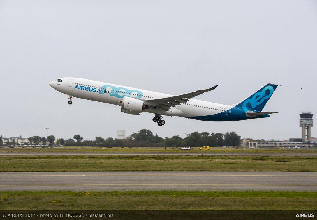 空中巴士首架A330neo成功進行首次試飛。 圖/空中巴士集團提供
