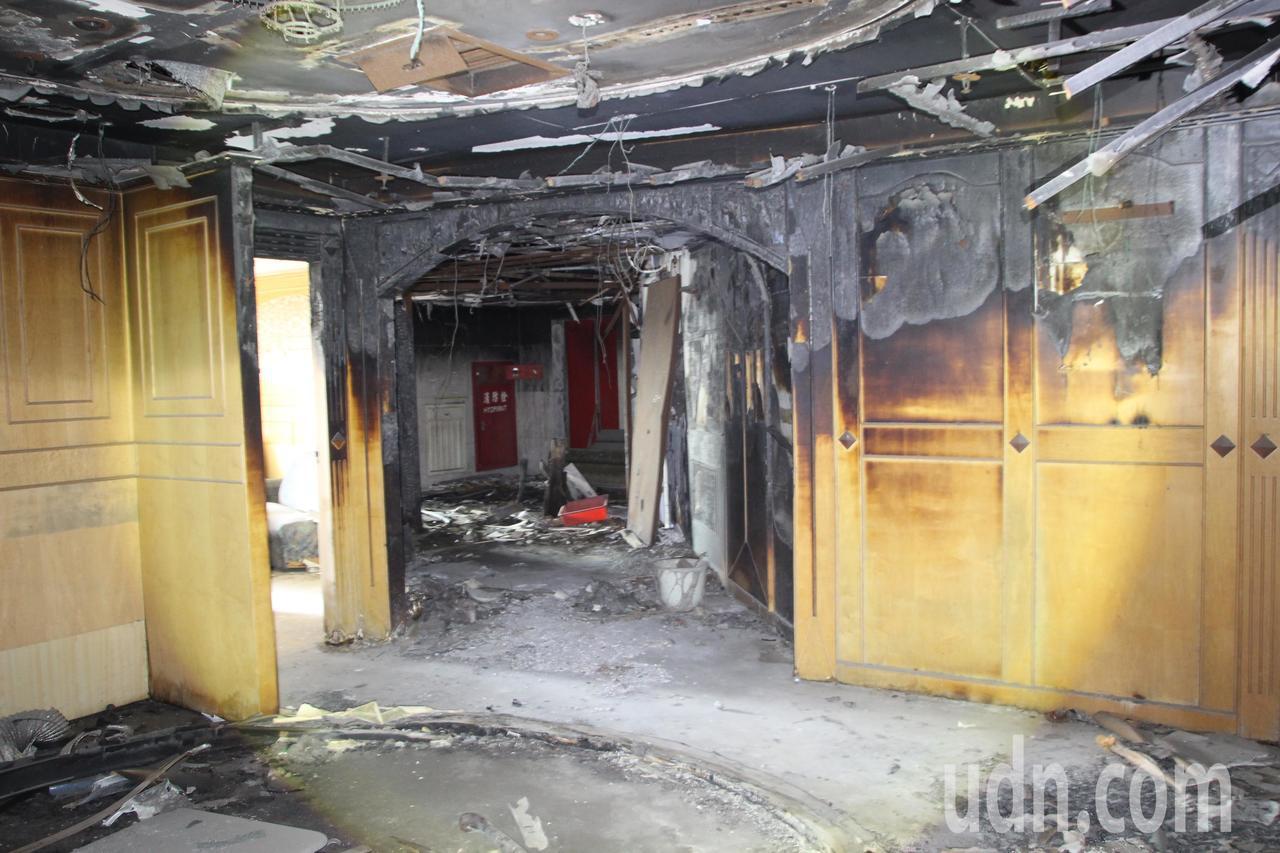 喬友大樓15樓曾遇大火裝潢燒毀。記者林敬家/攝影