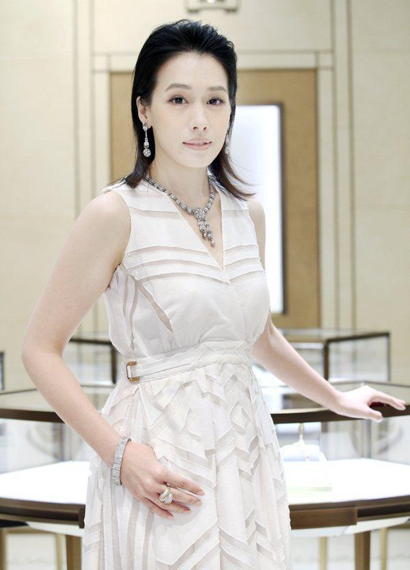 卡地亞骨董珍藏系列珠寶展首站將於10月25日到31日在台南新光三越西門專賣店耀眼...