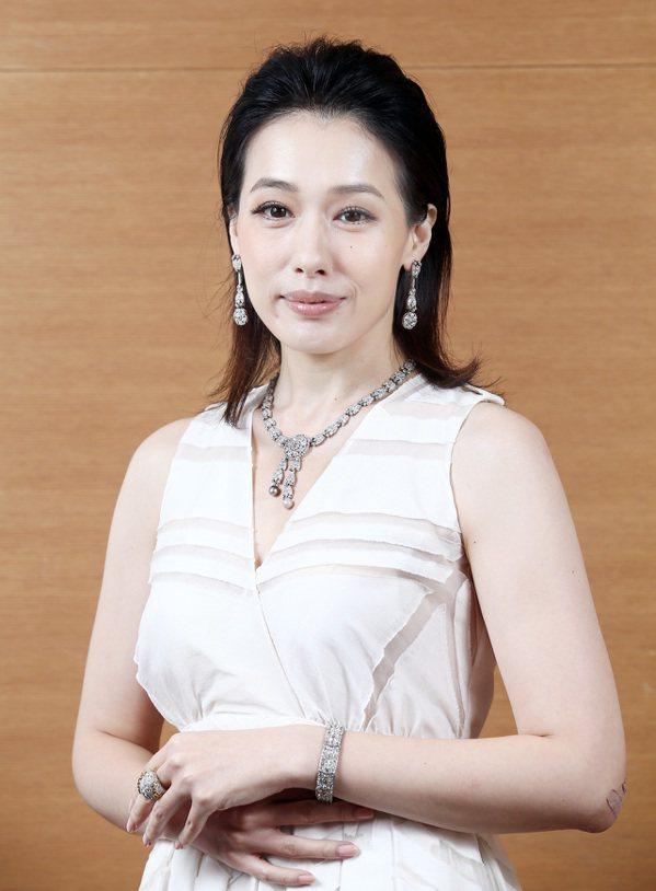 卡地亞古董珍藏系列珠寶展首站將於10月25日到31日在台南新光三越西門專賣店耀眼...