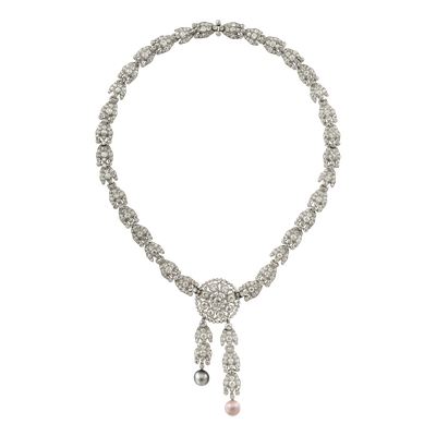 卡地亞骨董珍藏系列玫瑰花珍珠項鍊,鉑金與玫瑰金鑲嵌灰色珍珠、鑽石,可變化成頸鍊、...