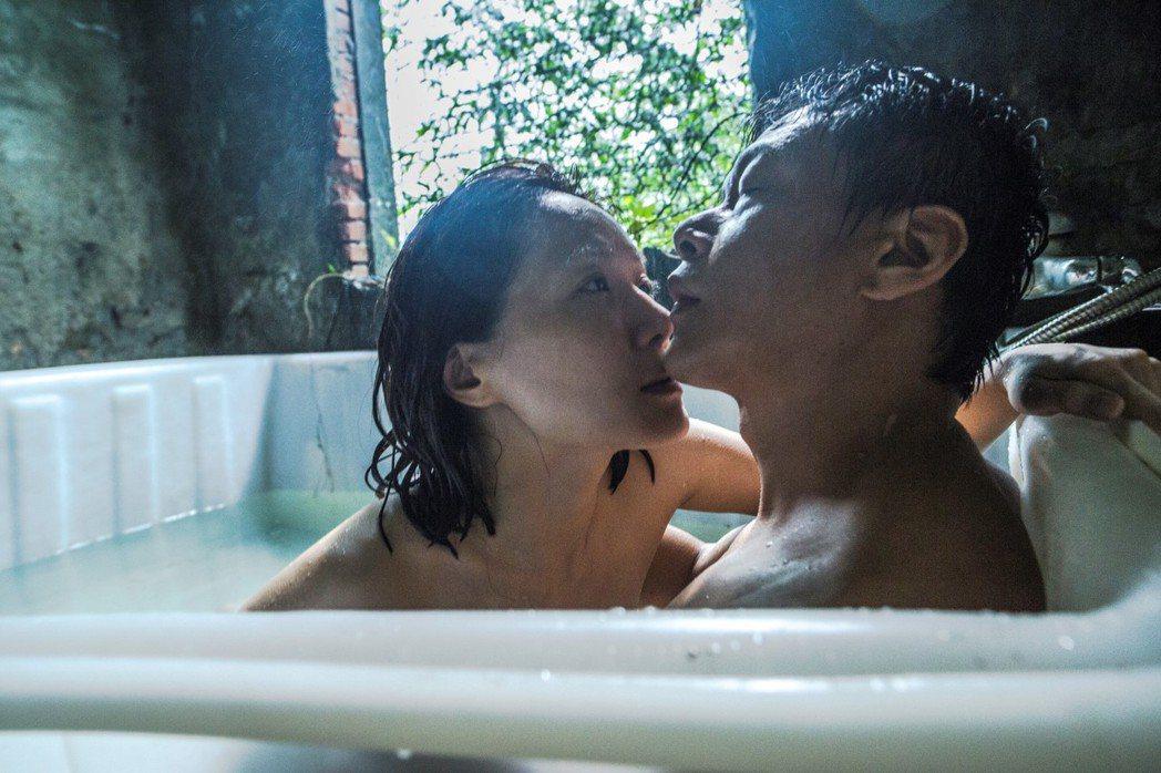 蔡明亮執導的「家在蘭若寺」將在金馬影展做VR放映。圖/金馬執委會提供
