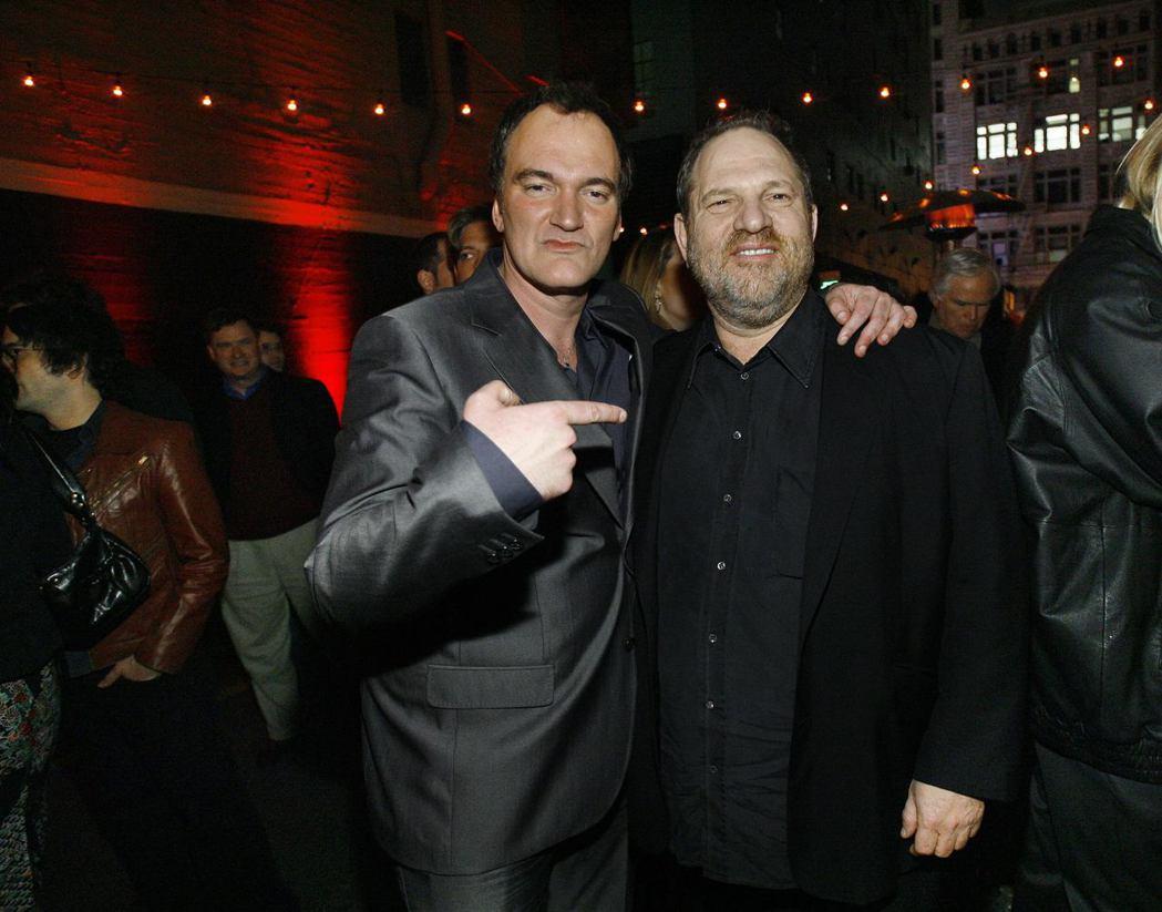 昆汀塔倫提諾(左)自責無視好友哈維溫斯坦對女星多年來的調戲和騷擾。圖/路透資料照...