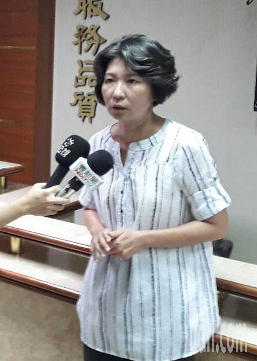 高雄市勞工局勞資關係科長許文瓊表示,慶富員工要求終止勞動契約的爭議調解不成立。記...