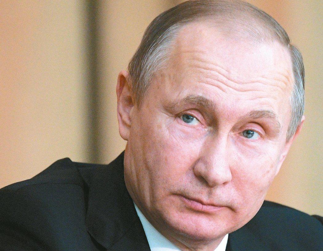 普亭已擔任俄國總統或總理長達18年,他可能角逐第4個總統任期。 (美聯社)