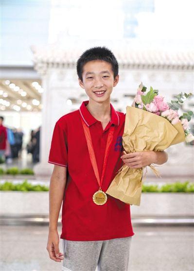13歲的胡宇軒是中國數獨隊此次參賽最小選手,他還獲得了個人賽第八名。 (取材自新...