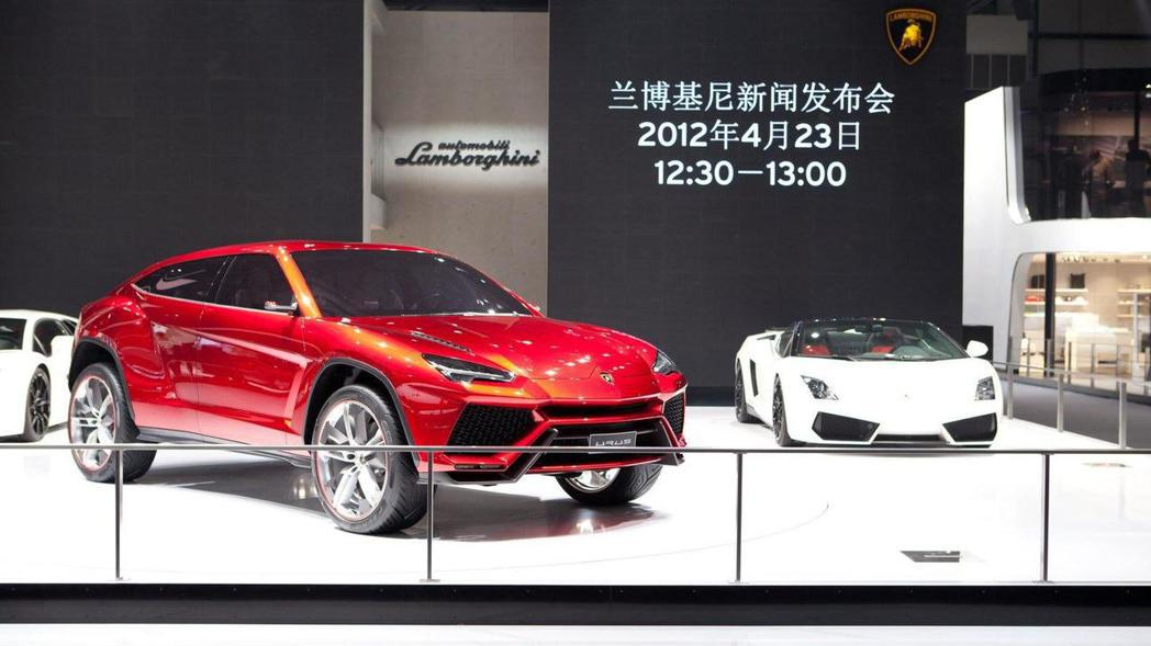 Lamborghini Urus Concept。 摘自Lamborghini