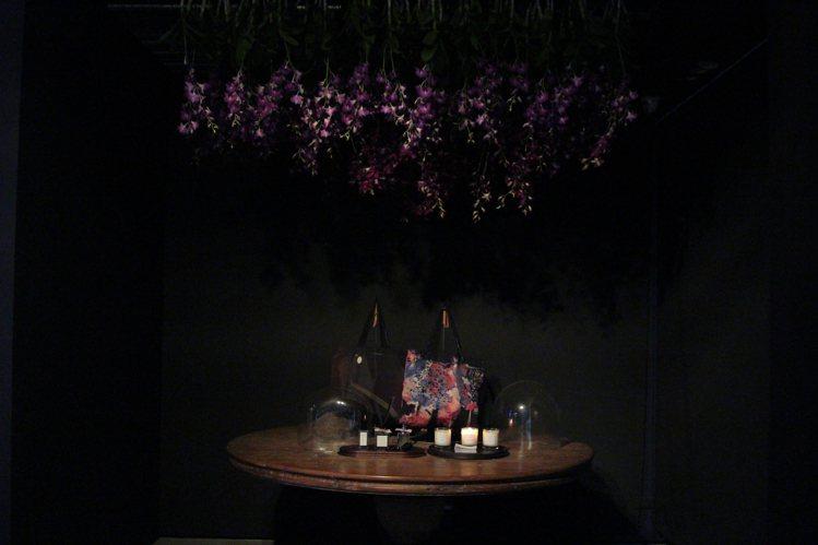 JAMEI CHEN 30周年靜態展入口處的寧謐氛圍。圖/JAMEI CHEN提...