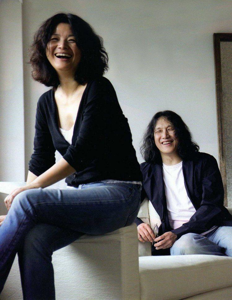 Jason Wu拍攝的設計師陳季敏與藝術總監郭英聲。圖/JAMEI CHEN提供