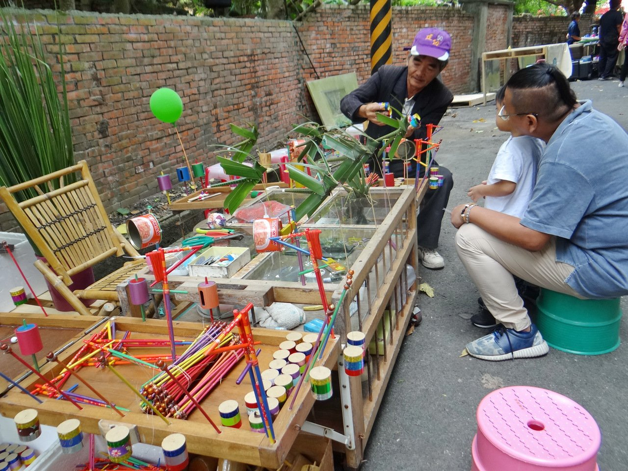 眷村古早的童玩這裡都買得到。記者蔡維斌/攝影