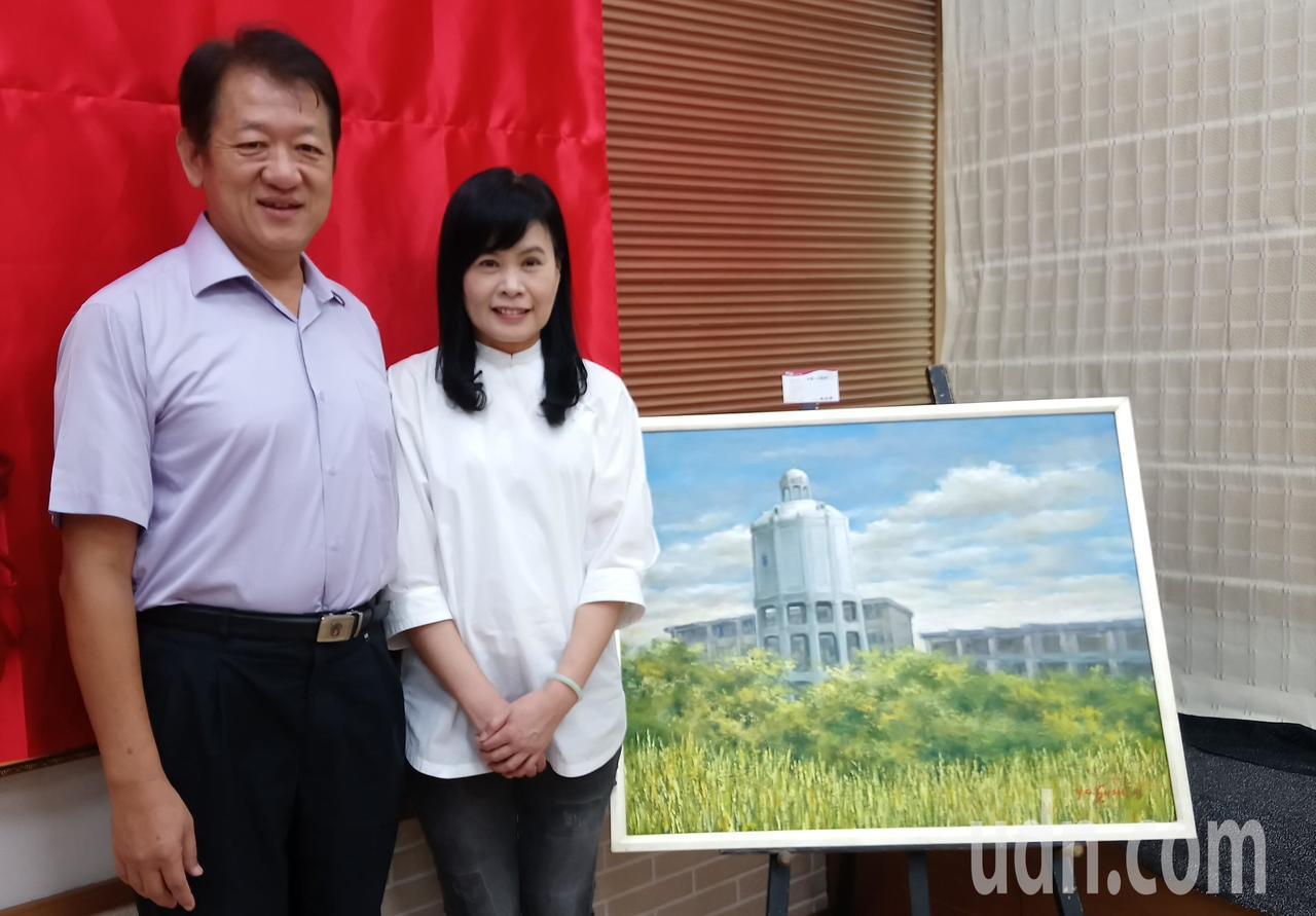 朴子水道頭油畫是由朴子市長王如經妻子蘇奕菁創作。記者卜敏正/攝影