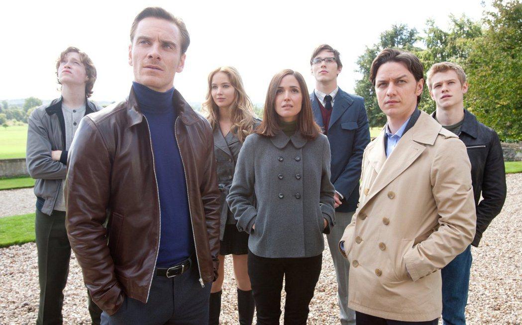 蘿絲白恩(中)也是「X戰警」系列中的要角之一。圖/摘自imdb