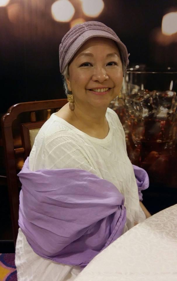 陳秋霞對抗乳癌做了手術切除與化療,鼓勵自己樂觀面對。圖/摘自臉書