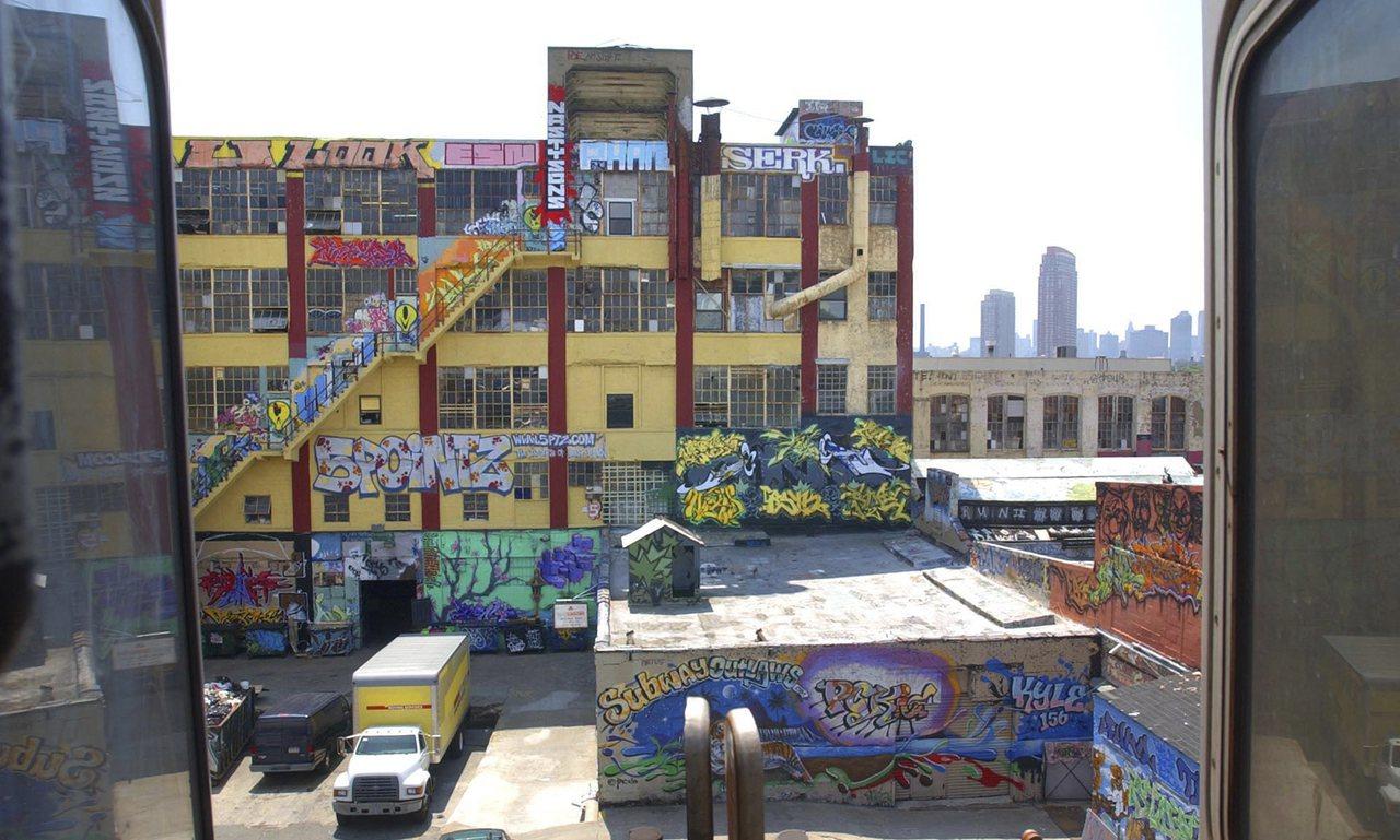 約市皇后區塗鴉聖地「5Pointz」的藝術家 因作品被毀,將業主告上法庭。(美聯...