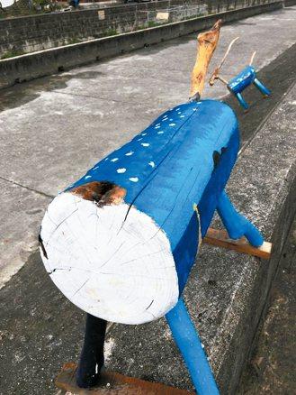 羊藝術品慘遭斷頭。 圖/比西里岸部落PawPaw鼓樂團提供