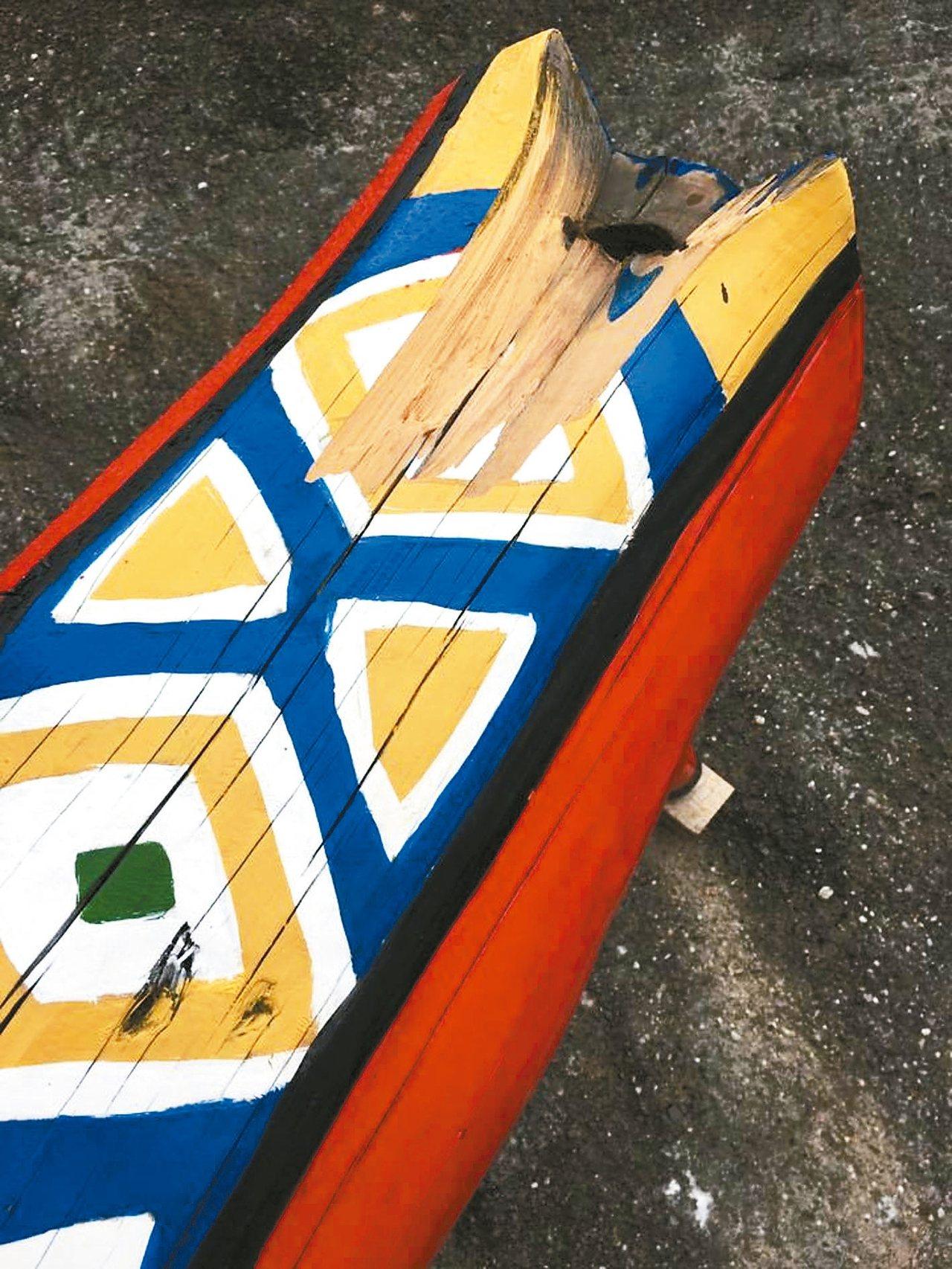 羊尾巴被外力拉扯。 圖/比西里岸部落PawPaw鼓樂團提供