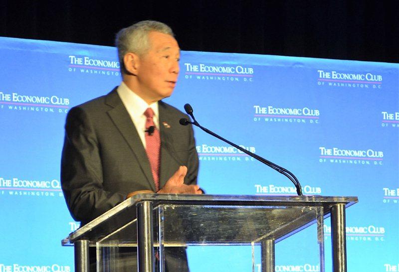 新加坡總理李顯龍23日上午在經濟俱樂部發表演說。(特派員許惠敏/攝影)