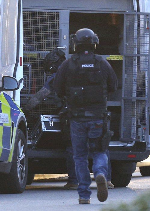 英國警方正在處理英格蘭中部紐尼頓(Nuneaton)一家購物中心內「持續中的事件...
