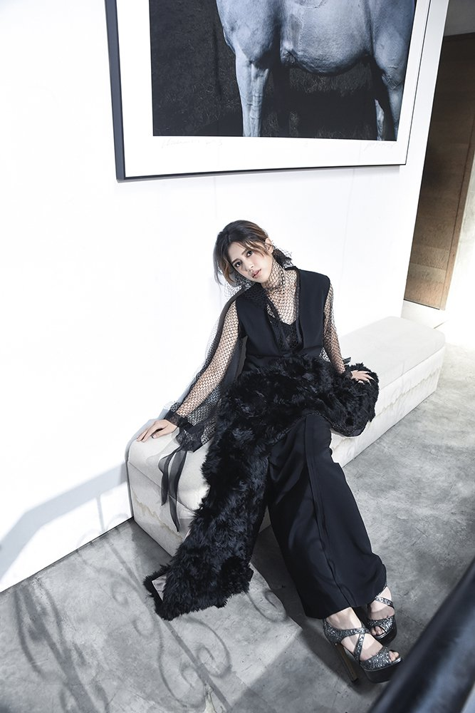 服裝(Jamei Chen)