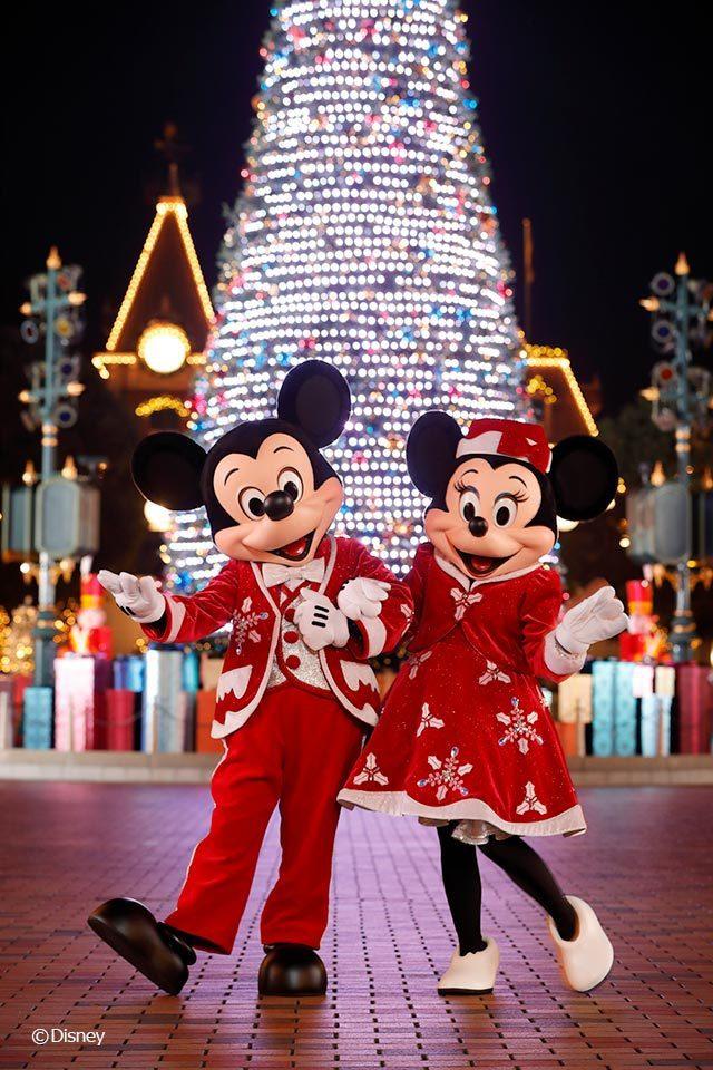 聖誕節慶活動期間,迪士尼朋友換上聖誕裝,一起和您歡度佳節。 圖/香港迪士尼樂...