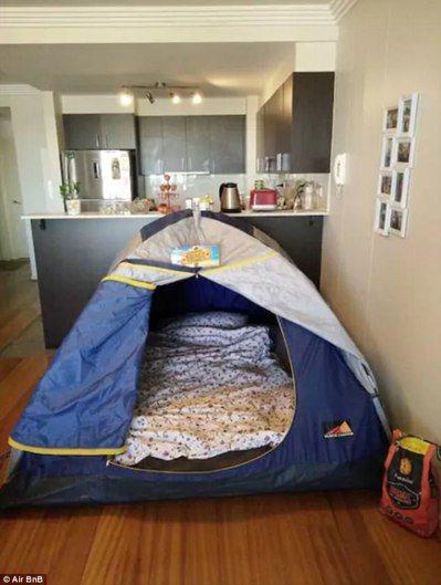 北京一名女子在Airbnb出租她家的帳篷,不少租客租了都說還不錯。圖擷自Dail...
