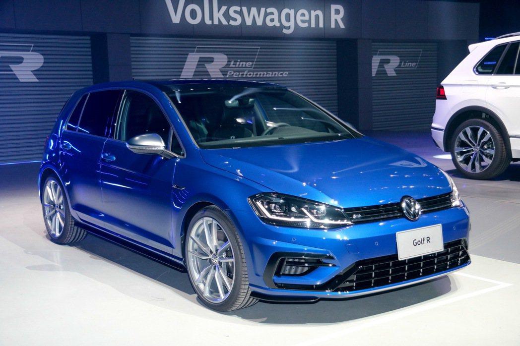 Volkswagen Golf R。 發燒車訊資料照