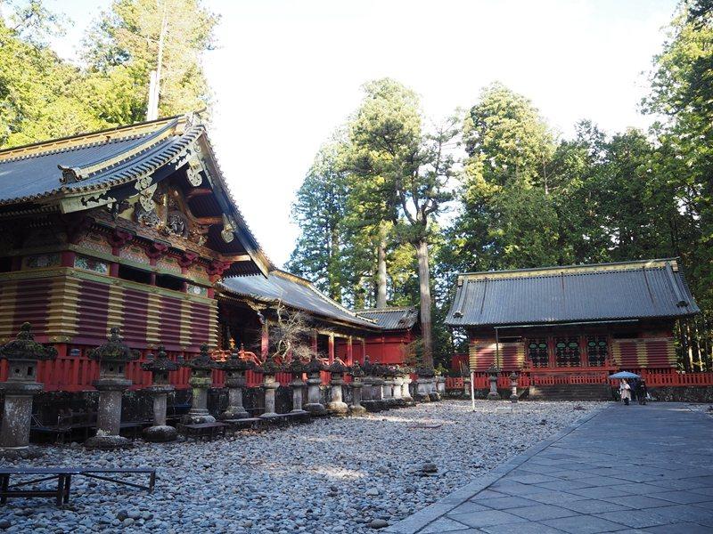 保存祭典與儀式時使用衣物的三神庫,在屋頂山尖處裝飾的大象為工匠想像中的樣貌。