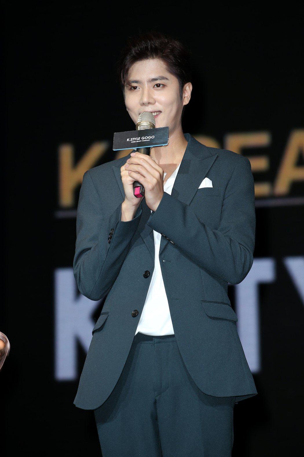 韓星金奎鍾出席韓國時尚活動。記者陳立凱/攝影