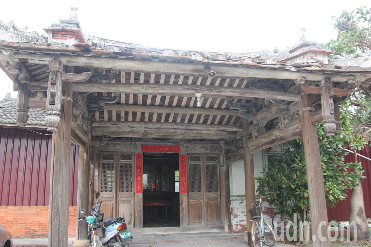 武舉人家族的百年老宅還保存很好,古色古香。記者林宛諭/攝影