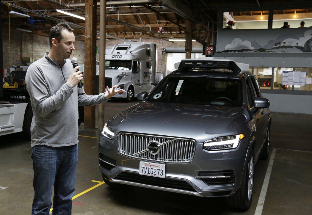 去年從Google自動駕駛車部門離職的李文多斯基,他從2007年起任職Googl...