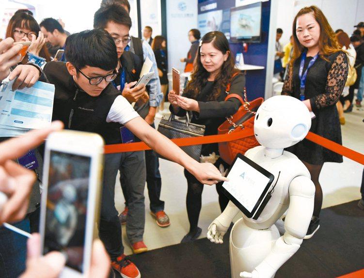 經理人表示,亞太區為全球科技硬體製造重鎮,包括韓國、日本、中國、台灣在內,各自形...