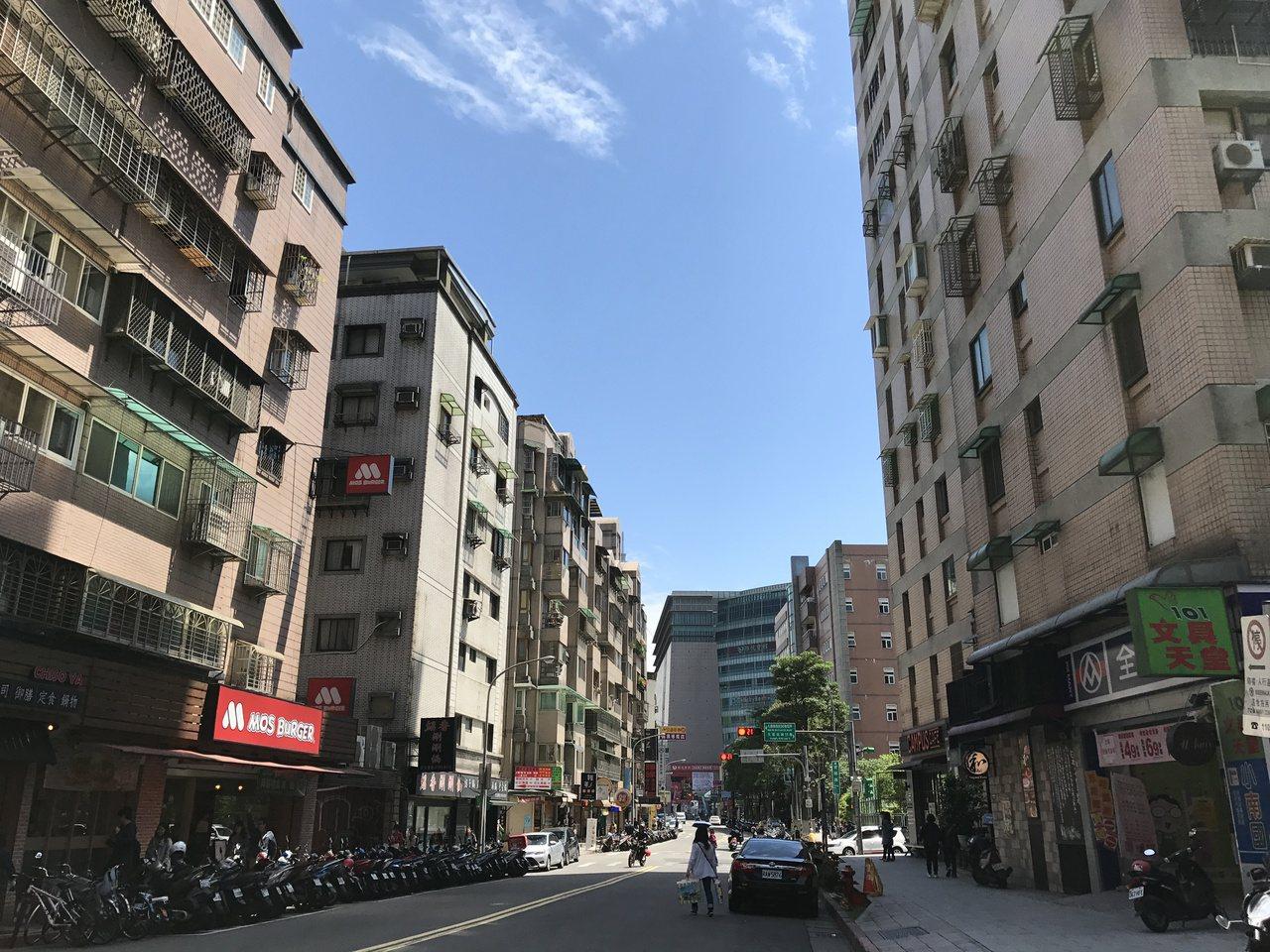 台北市主計處公布2017年8月最新房屋指數統計。記者游智文/攝影