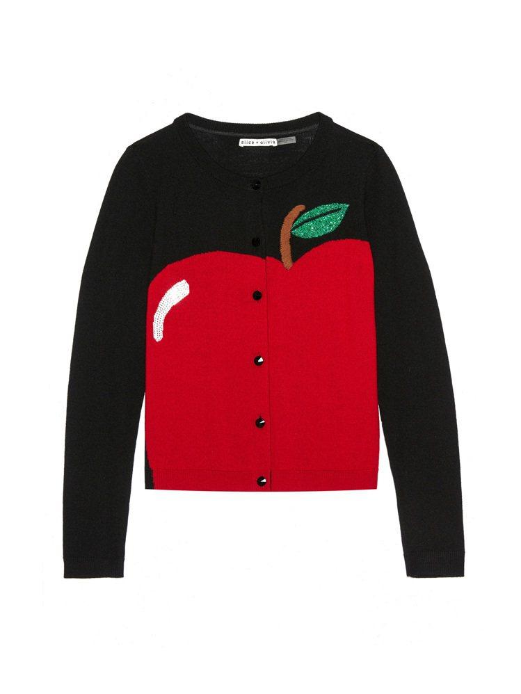 蘋果針織外套,15,900元。圖/alice+olivia提供