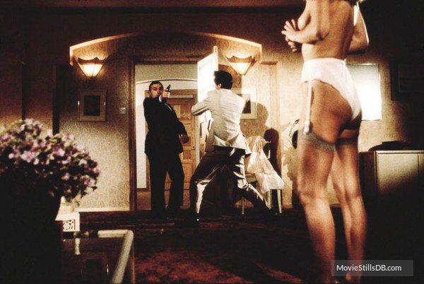 維吉妮亞海在「黎明生機」上空露點。圖/摘自MovieStillsDB