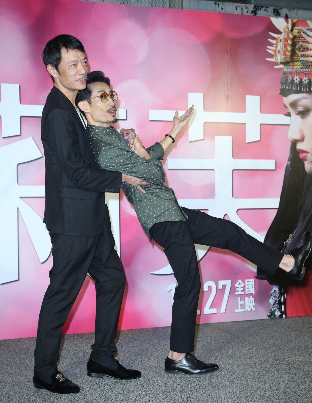 吳朋奉(左)與陳竹昇出席電影「阿莉芙」首映會。記者陳瑞源/攝影