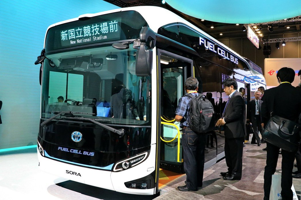 TOYOTA特別在東京車展亮相概念車巴士Sora。記者陳威任/攝影