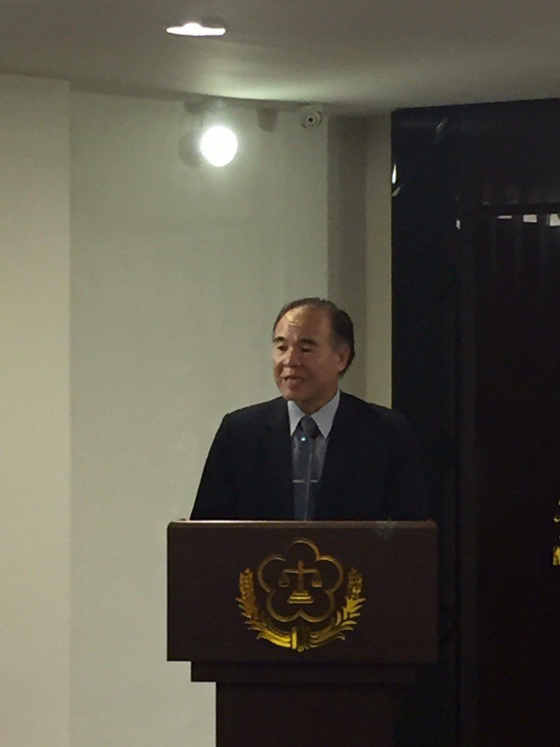 矯正署長黃俊棠說,到上月為止全台有42名不到3歲的小孩與母親一起入監。記者王聖藜...
