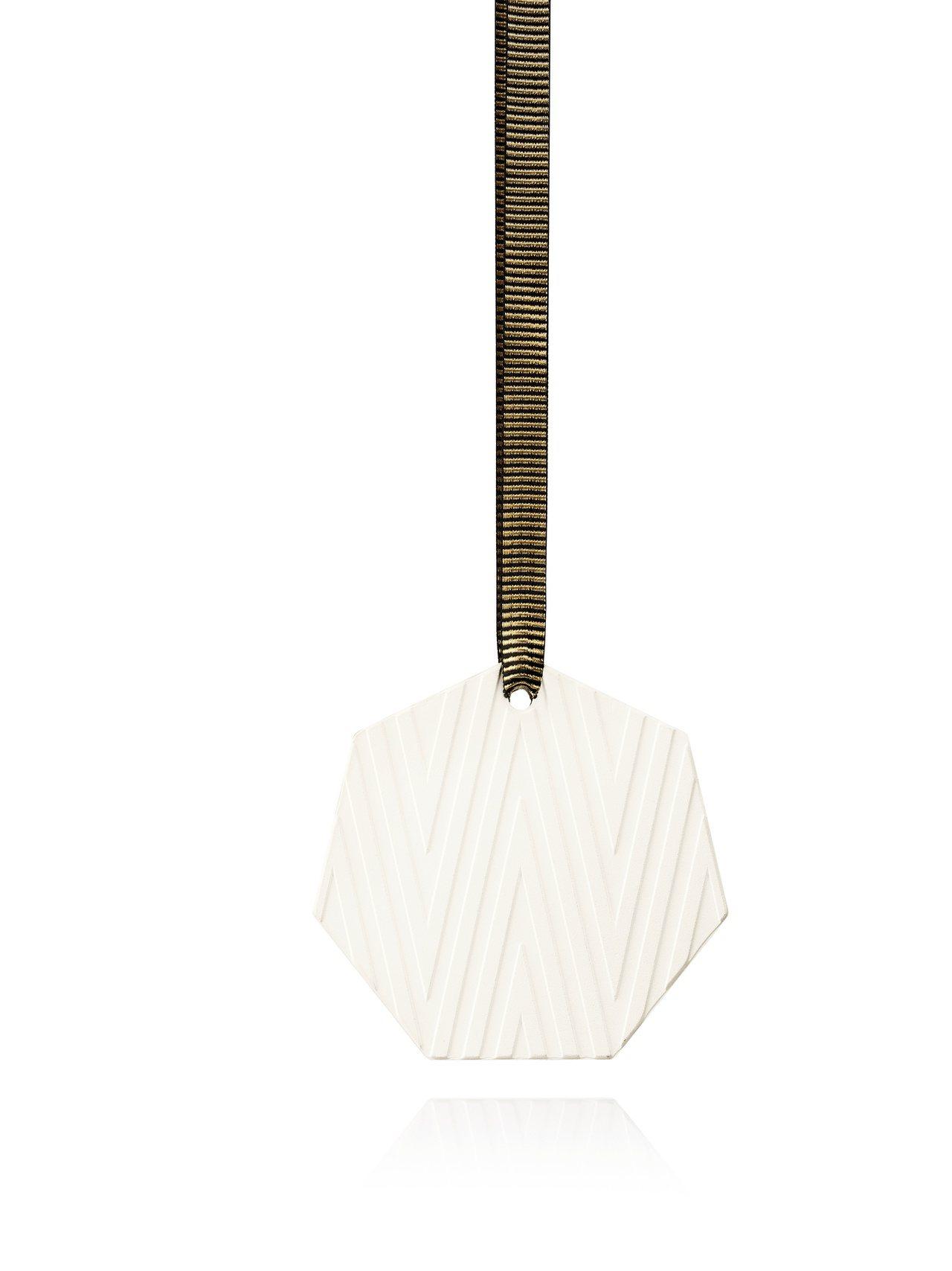 Jo Malone黑石榴香氛陶瓷耶誕吊飾,售價1,700元。圖/Jo Malon...