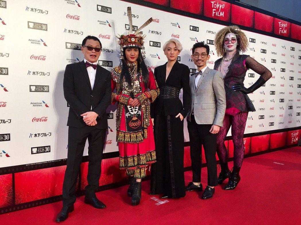 「阿莉芙」導演王育麟(左起)和主要演員舞炯恩、趙逸嵐、陳竹昇、Matt Flem...