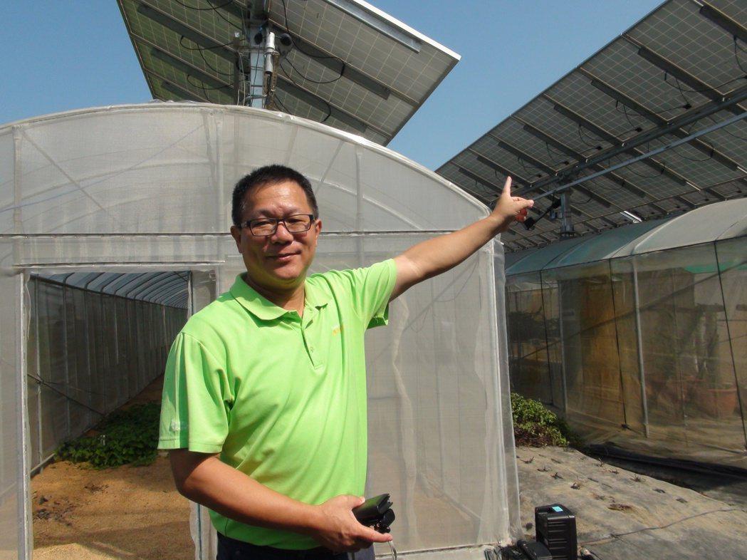 綠源科技綠色事業開發部經理陳采嶸表示,以追日型太陽能面板改善日照累積光度,可成功...