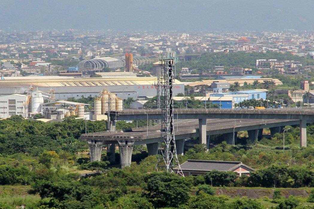 國道5號原計畫與蘇花高銜接,蘇花高如今作罷。 報系資料照