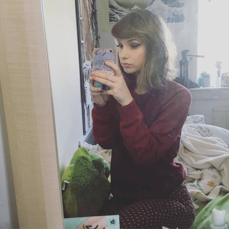 Laura Cadman。圖/擷自instagram