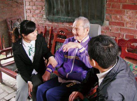根據智榮文教基金會的長者生活需求調查,在就醫保健需求部分,長者「煩在等待,難在不...